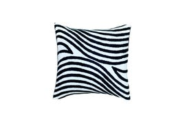 Throw Pillow Cover: Wavy Navy 24x24